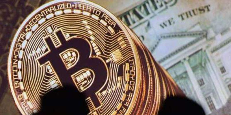 «Криптовалюта – це не гроші». В Нацбанку пояснили, чим ризикують українці
