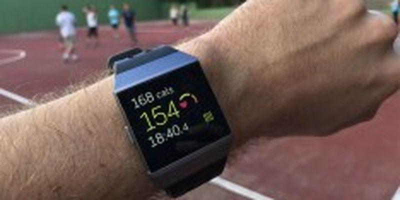 Google купила производителя смарт-браслетов Fitbit