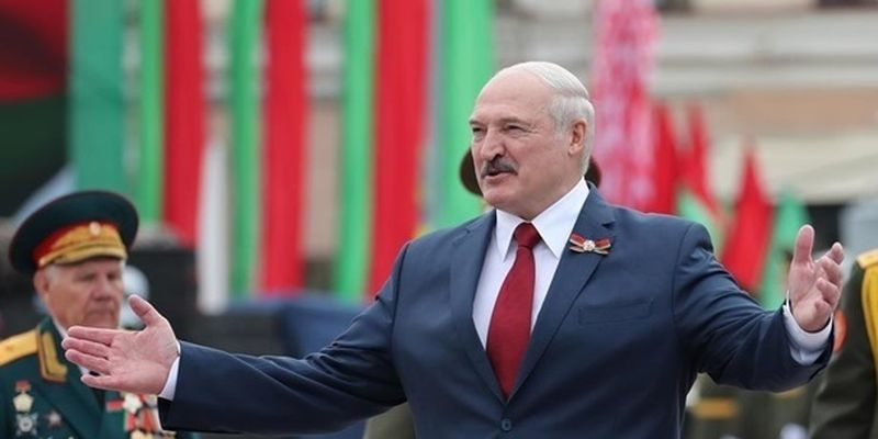 Центробанку Беларуси разрешили изымать валюту у компаний