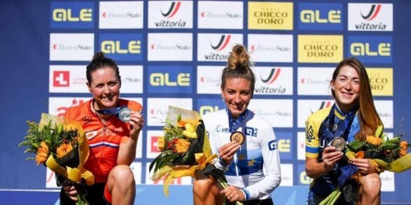 Украинка попала на пьедестал почета чемпионата Европы по велосипедному спорту