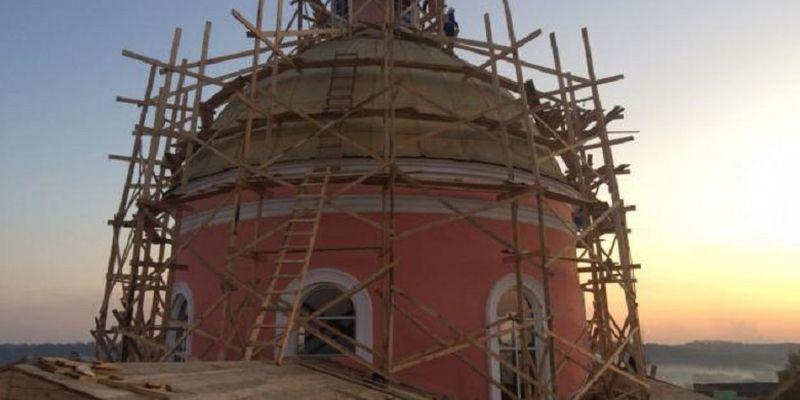Верующие Винничины просят помощи в восстановлении собора– памятника архитектуры XVIII века