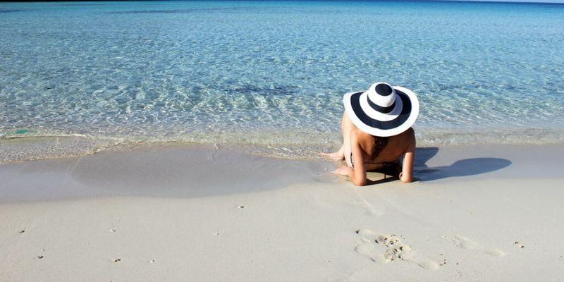 В Італії нудисти отримали великі штрафи за недотримання дистанції на пляжі