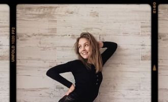 Олена Шоптенко у сексапільному костюмі грайливо покрутила сідницями на камеру