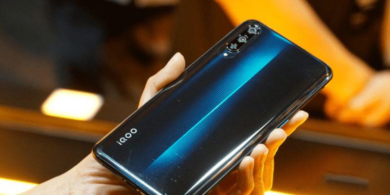 Характеристики смартфона Vivo IQOO 3 попали в Интернет