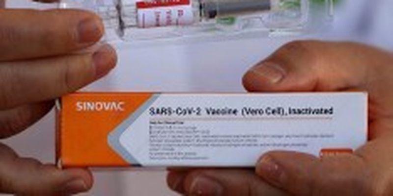 Минздрав хочет оштрафовать «Лекхим» из-за задержки с поставкой китайской вакцины