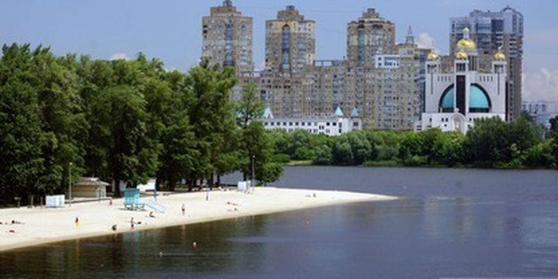 """Будний день - не помеха: киевляне начали постепенно """"оккупировать"""" пляжи столицы, эксклюзивные фото"""