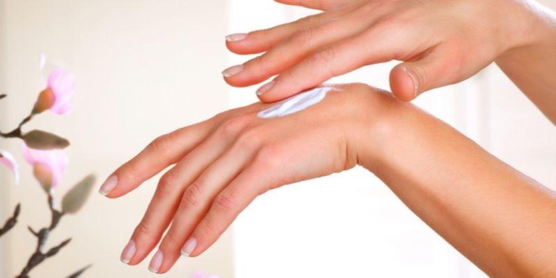 Крем для рук: лайфаки, которые сделают вашу жизнь проще