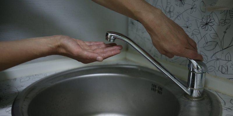 На Харьковщине почти 80 тысяч человек остались без воды: город и два поселка на грани чрезвычайной ситуации