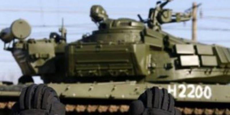 На Донбас прибули колони військової техніки РФ. Відео