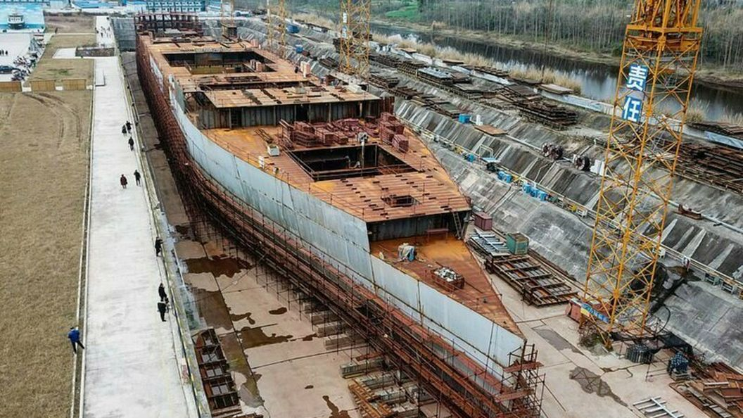 В Китае продолжается строительство точной копии