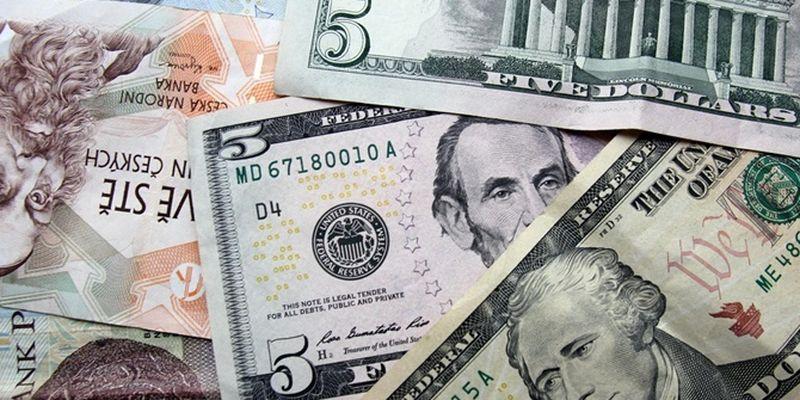 Доллар и еро заметно упадутпосле выходных
