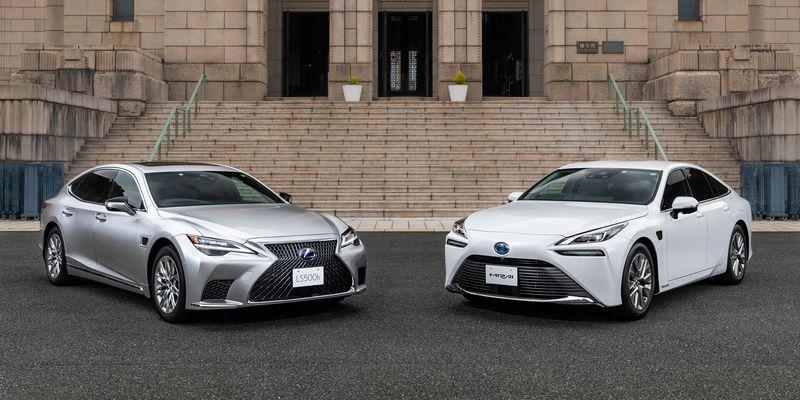 Просунуте керування: Toyota Mirai і Lexus LS отримають автопілот другого рівня