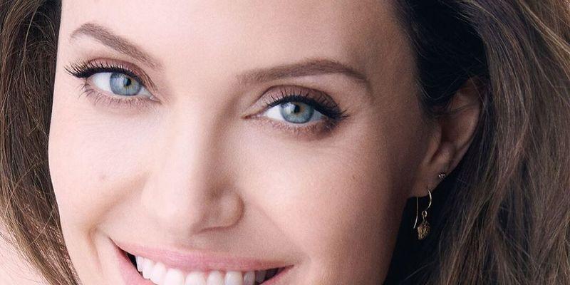 8 секретов красоты Анджелины Джоли