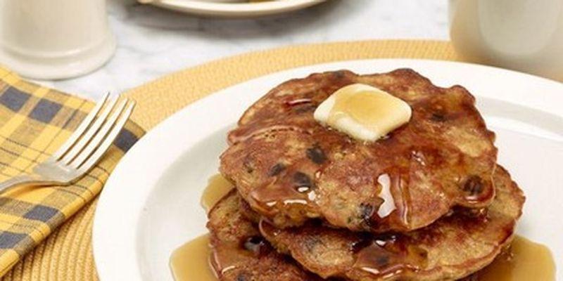 Готовим блинчики из овсянки с яблоком и бананом: рецепт и советы по сохранению витаминов/Идеальный завтрак для тех, кто следит за фигурой