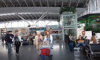 Названы страны, открытые для украинских туристов: условия въезда