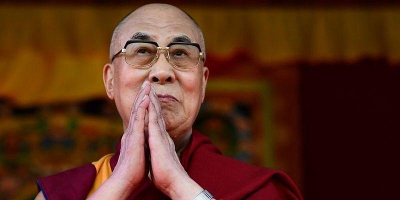 Далай-лама вакцинувався від коронавірусу – препаратом Covishield