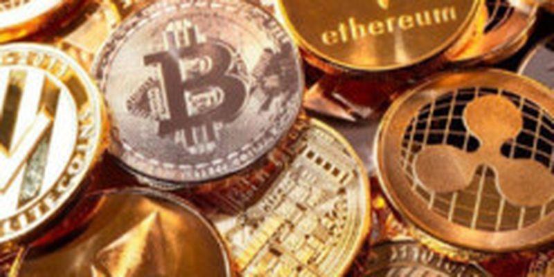 Владельцы криптовалют потеряли полмиллиарда долларов за сутки: что произошло