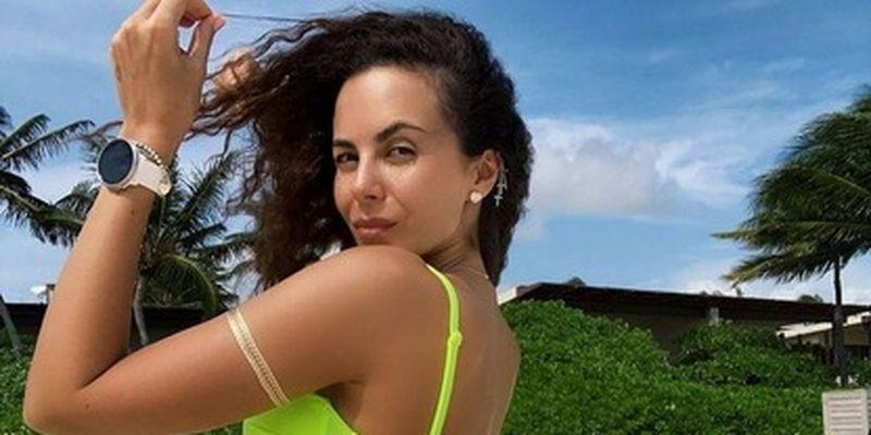 Настя Каменских в сексуальном бикини показала мексиканский загар: фото/Певица поделилась с фанами новыми снимками с отдыха