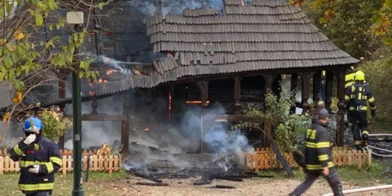У Празі згоріла церква, привезена з України