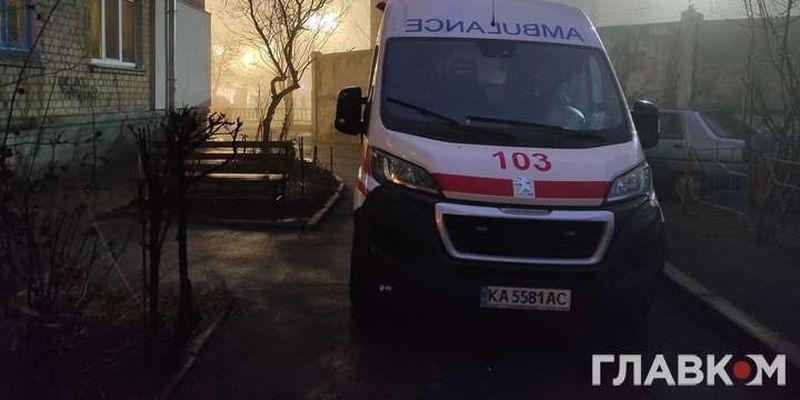У Києві працюють спеціальні «ковідні» бригади швидкої