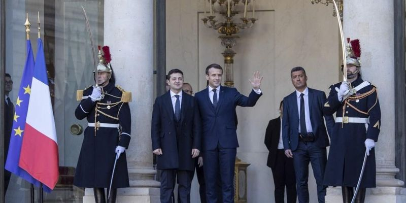 Зеленский посетит Париж на следующей неделе – посол