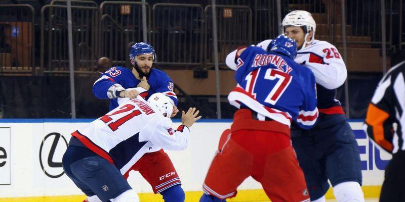 Рекорд за кількістю бійок: у НХЛ хокеїсти перетворили матч на кулачні бої