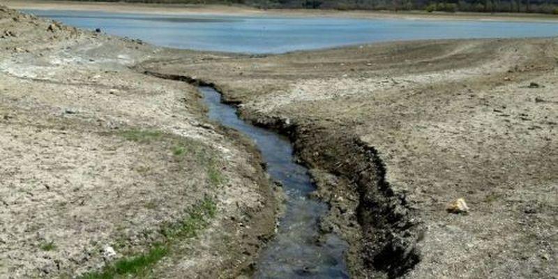 Вода для Крыма из-под Азовского моря: ученый назвал проблему