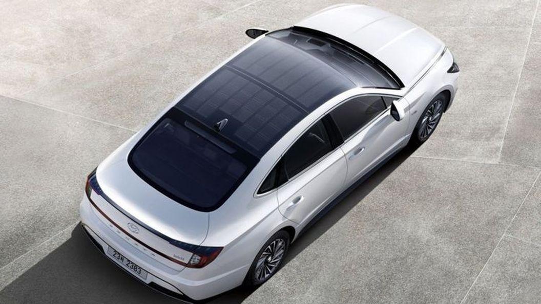 Hyundai представил Sonata с солнечной батареей