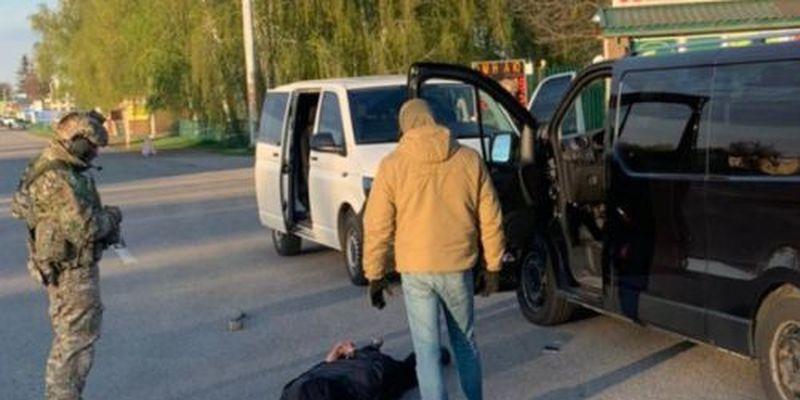"Платил ""налоги"" боевикам: СБУ разоблачила перевозчика из ОРДЛО"
