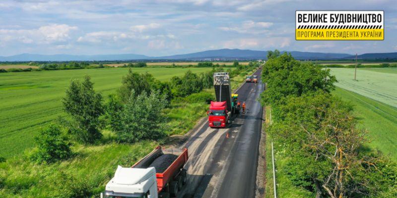 На Закарпатье ремонтируют сразу четыре пограничные дороги