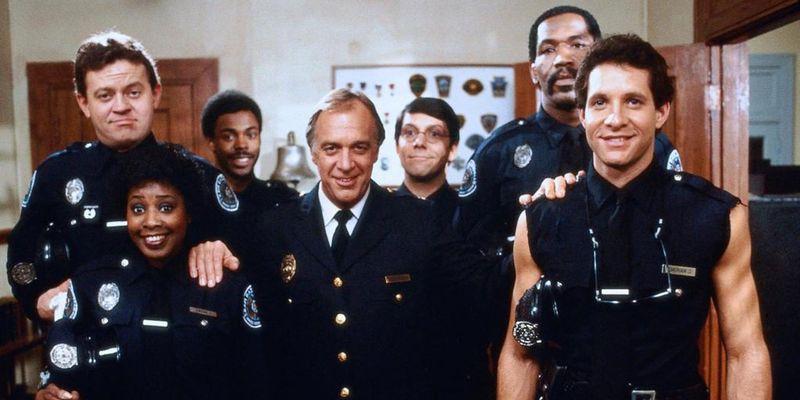 Анекдот: вступительные экзамены в полицейскую академию