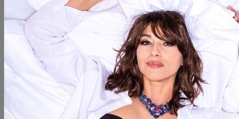 Моніка Беллуччі в розкішному образі знялася у фотосесії для глянцю