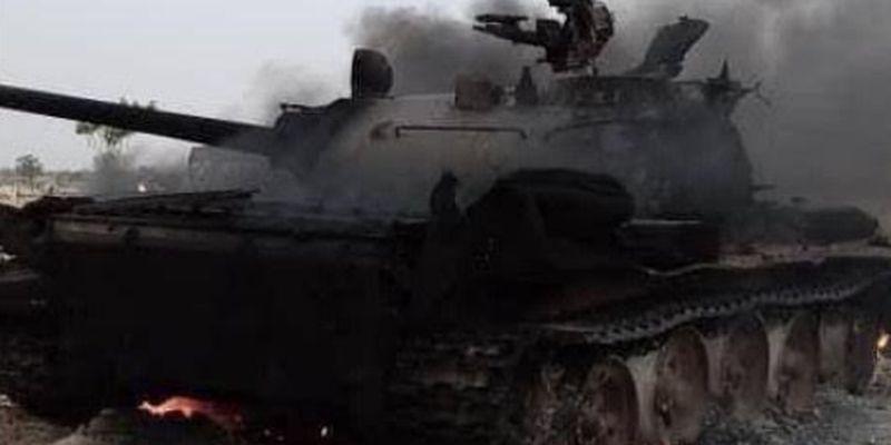 В Африке уничтожен российский танк с экипажем
