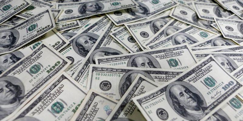 Зеленский подписал закон об обязательной реструктуризации валютных кредитов