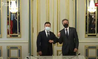 Зеленський на пресконференції з Блінкеном: Росія відвела лише три тисячі військовослужбовців з Криму