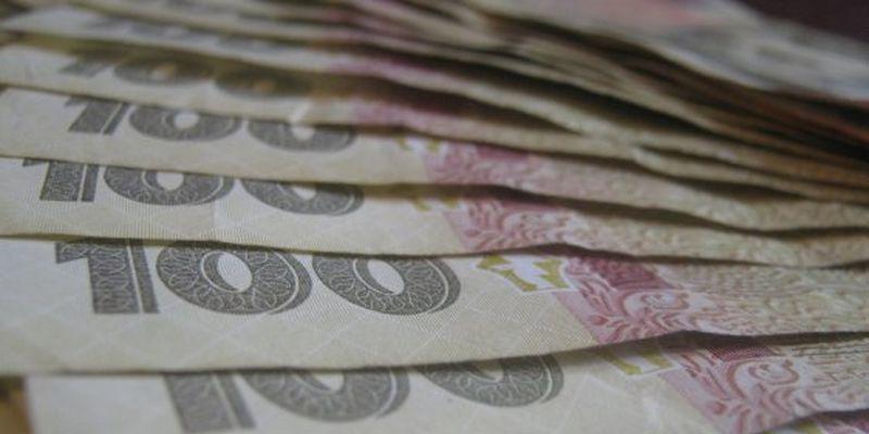 Гривня впала до долара і євро