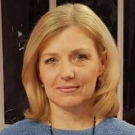 Юлия Лапутина