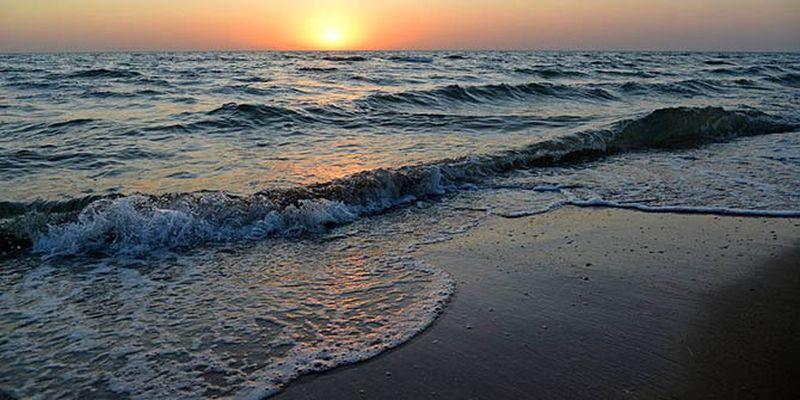 Россияне уже в июле начнут добывать пресную воду из-под Азовского моря