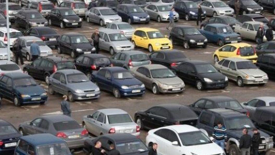Україна перетворюється на звалище вживаних автівок
