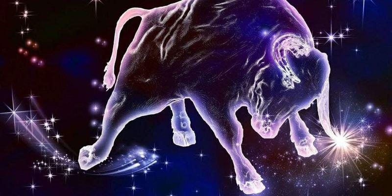 Гороскоп на 2021 год Белого Металлического Быка: чего ждать знакам Зодиака