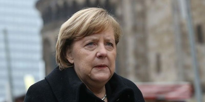 Меркель рассматривает полный локдаун - СМИ