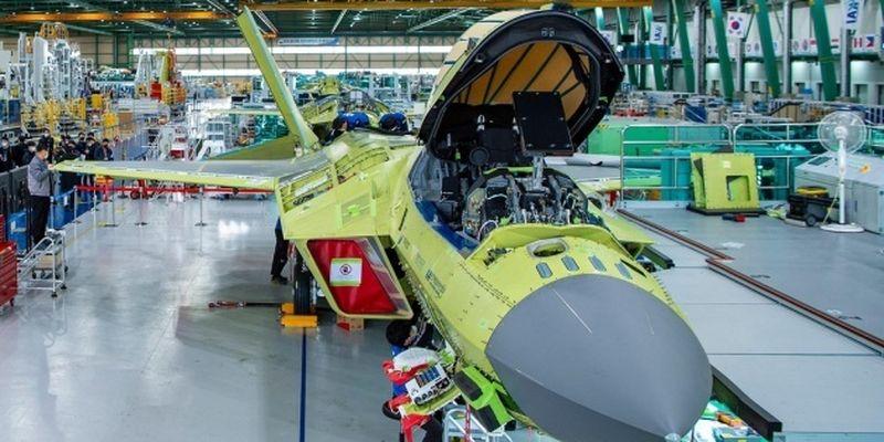 В Корее создают собственный истребитель - показали первый прототип