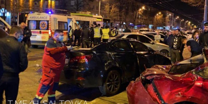 В Харькове скандальный экс-полицейский попал в крупное ДТП: фото и видео