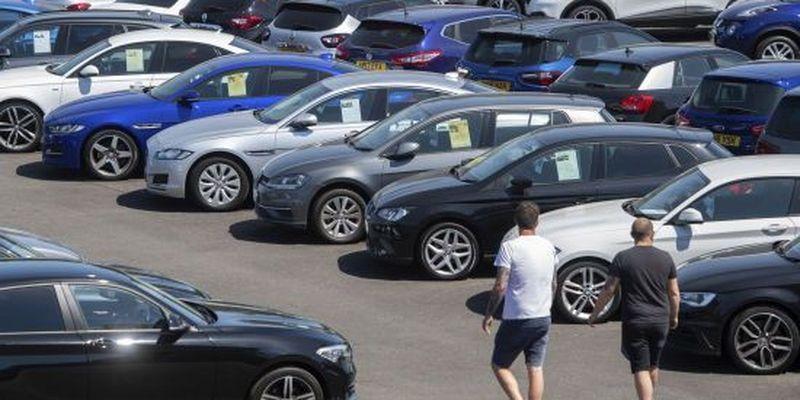 Зміцнення гривні в Україні: чого очікувати з цінами на авто під час купівлі