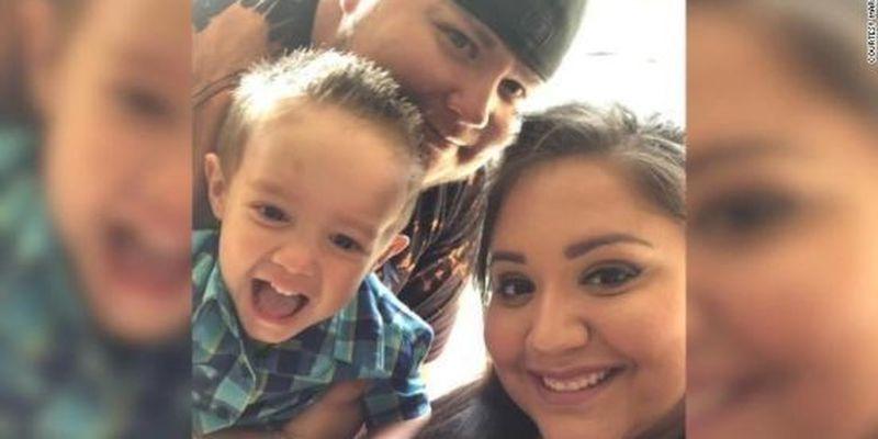 """""""Хочу бути ангелом на небі"""": у США 4-річний хлопчик втратив обох батьків через коронавірус"""