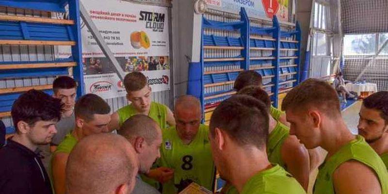 CHE-BASKET здобув срібні нагороди першолігового чемпіонату України