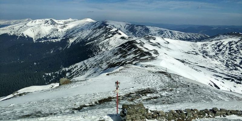 У Карпатах поступово тане сніг, температура підвищилася до 0°