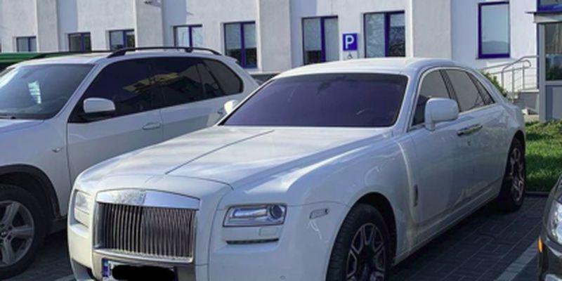 Во Львове засветился единственный в стране белый Rolls-Royce Ghost - стоит 10 млн: фото