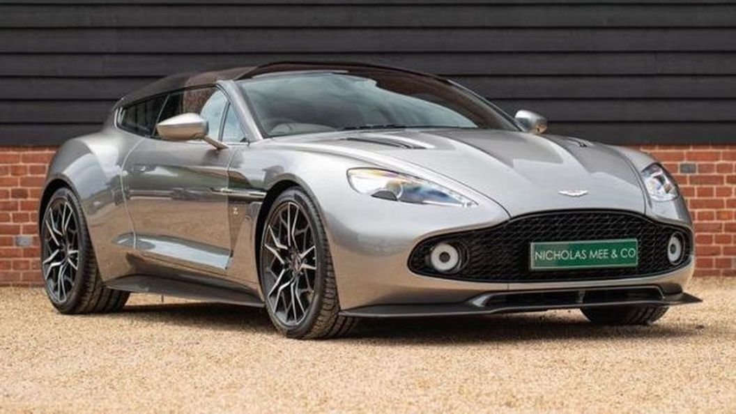 Редкий универсал Aston Martin выставили на продажу