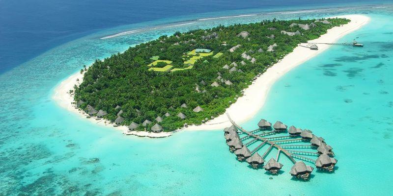 Мальдіви вводять податок на виїзд з островів для всіх мандрівників